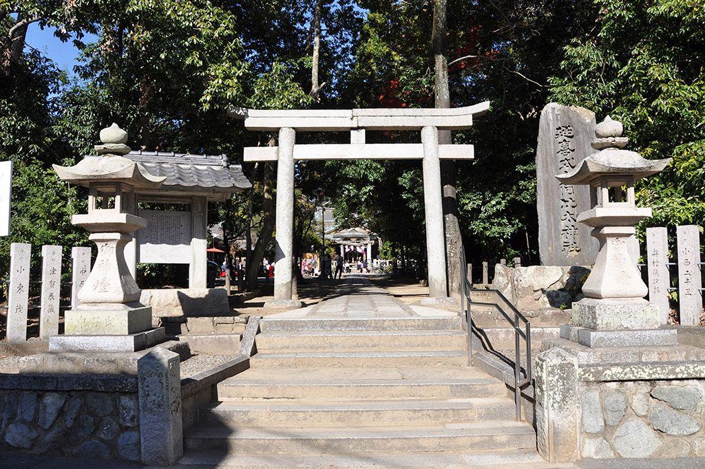 阿比太神社/半町の参道