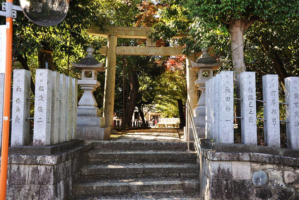 阿比太神社/新稲の参道