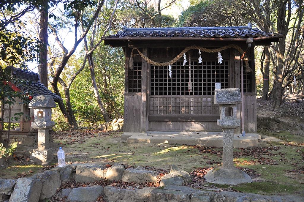 白姫大明神/社殿