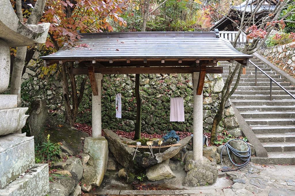 聖天宮西江寺/手水舎